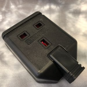 Permaplug 13Amp Trailing Socket